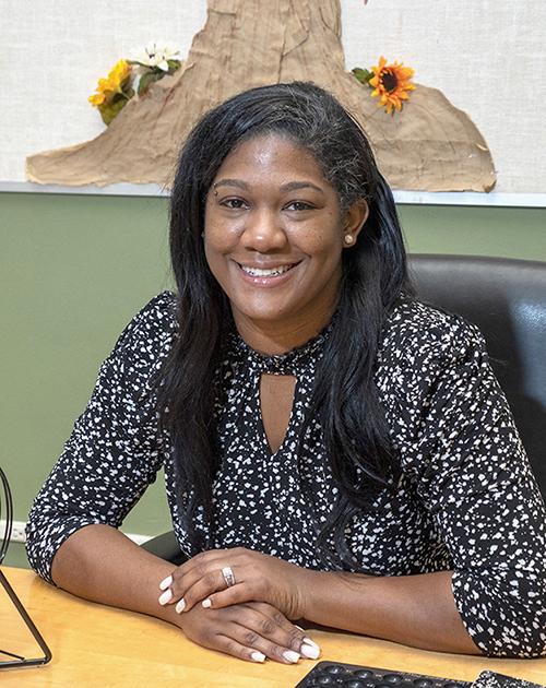 Korvette Hinton-Woods, CSW